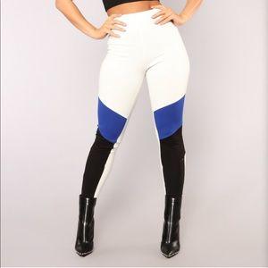 Fashion nova leggings
